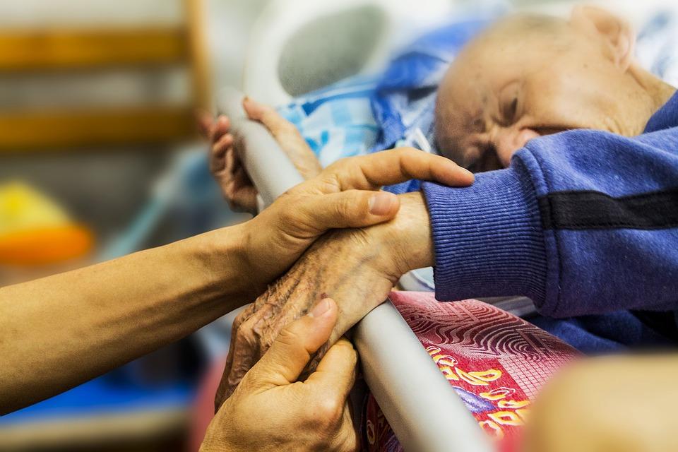 Lidská práva v pečovatelských domech pro seniory v době pandemie